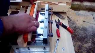 getlinkyoutube.com-Сверление отверстий для проволоки в боковых планках пчеловодных рамок с помощью сверлильного станка.