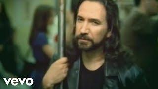 Marco Antonio Solís - O Me Voy O Te Vas