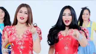 getlinkyoutube.com-Duo Serigala - Baby Baby (Tusuk Tusuk) | (Official Music Video)