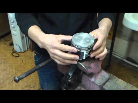 Установка поршневых колец и поршней в цилиндры ВАЗ 2101 № 35