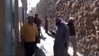 شيخ يقتحم وكر للدعارة بتونس. انظرو المفاجاة !