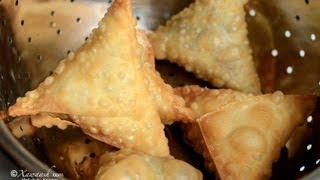 getlinkyoutube.com-Samosa Pastry (Burka Sambuuska) Pâte à Samosa عجينة السمبوسه