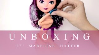 getlinkyoutube.com-Unboxing 17'' Madeline Hatter extra tall Ever After High doll ♥ REVIEW