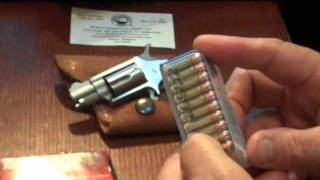 getlinkyoutube.com-NAA Mini Revolver 22 LR by FirearmPop