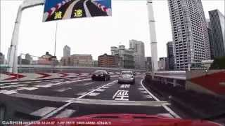 getlinkyoutube.com-首都高で前の車のタイヤが突然バースト!