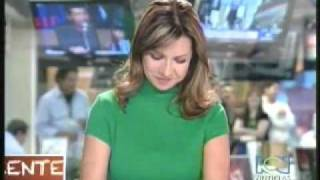 getlinkyoutube.com-Descuidos de presentadoras de RCN