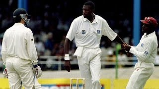 getlinkyoutube.com-Famous cricket fight- CURTLY AMBROSE vs STEVE WAUGH- Trinidad 1995 3rd test