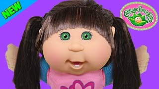 getlinkyoutube.com-Cabbage Patch Kids Light-Up Backpack & Shoes Twinkle Toes Skechers Toy Adoption Doll 2015