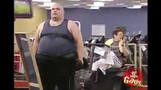 getlinkyoutube.com-Mira lo qué pasa cuando un gordo va al gym