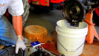 getlinkyoutube.com-Kubota Tractor Front Axle Bearing Repair Part 5