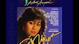 Jean Pattikawa   Dua Hati Saling Jatuh Cinta   Lagu Lawas Nostalgia   Tembang Kenangan Indonesia