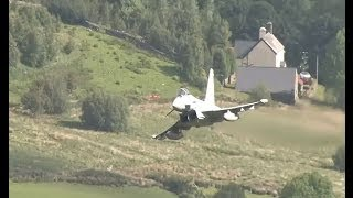 getlinkyoutube.com-Fast Jets And More Low Flying In The Mountains Of Wales - Airshow World