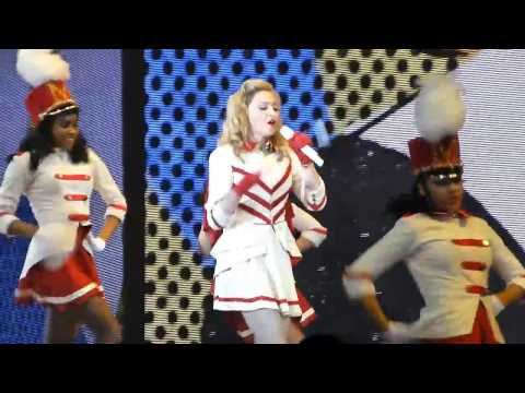 Madonna - Express Yourself - MDNA Tour - Berlin 30.06.2012