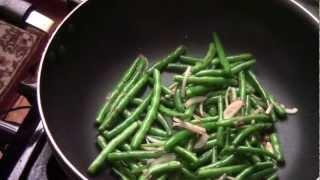 getlinkyoutube.com-How To Make Garlic Sauteed String Bean