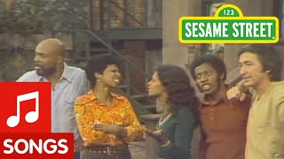 getlinkyoutube.com-Sesame Street: What's The Name Of That Song?