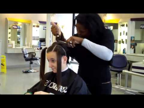 Girl shave head bald in parlour