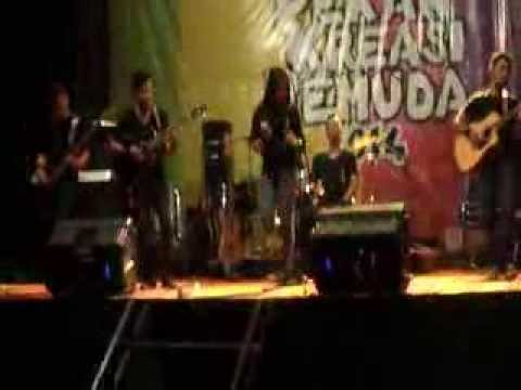 Ray science Band - kapuas *Festival Rumah adat dayak Radakng*