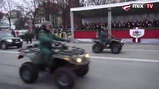 getlinkyoutube.com-Военный парад в Латвии. Смешно до икоты )))
