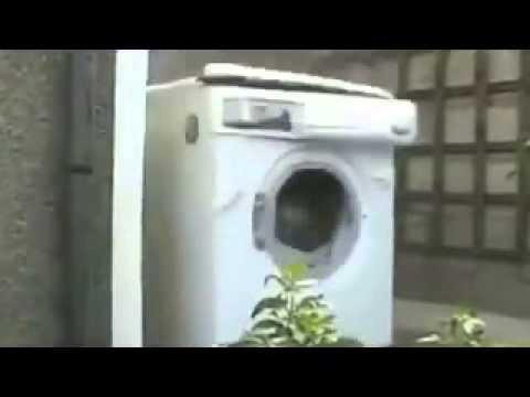 dulu orang yang hanya bisa harlem shake sekarang mesin cuci pun bisa harlem shake