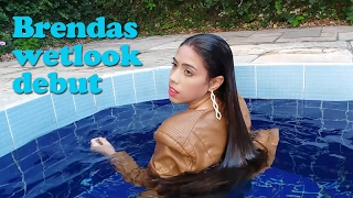 getlinkyoutube.com-Brendas wetlook debut - jeans and leather in the pool