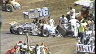 getlinkyoutube.com-I-70 World of Outlaws, part 1 of heat race one
