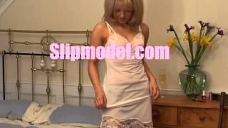 getlinkyoutube.com-Girl showing her slip