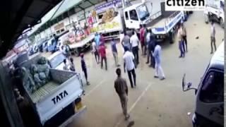 Two Groups Fight In Nuwaraeliya Town
