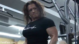 getlinkyoutube.com-Isabelle Turell Gym workout. Strong and sexy