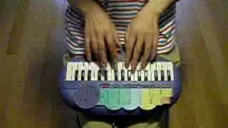 getlinkyoutube.com-Canon Rock on toy keyboard
