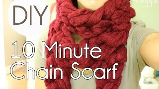 getlinkyoutube.com-How to Make a Chunky Chain Scarf  in 10 Minutes - Simply Maggie