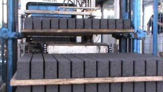 getlinkyoutube.com-Cement Brick Machine ( Production Process )
