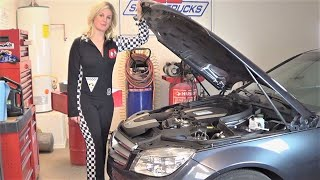 getlinkyoutube.com-Beautiful Lauren Changing Engine Oil on a 2009 Mercedes Benz C300 at Howstuffinmycarworks