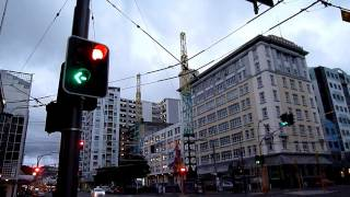getlinkyoutube.com-ニュージーランドのLED交通信号機