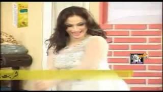 getlinkyoutube.com-Nida Chaudhry Hot Mujra - Pyar Di Ganderi Choop Le - HD - 2011