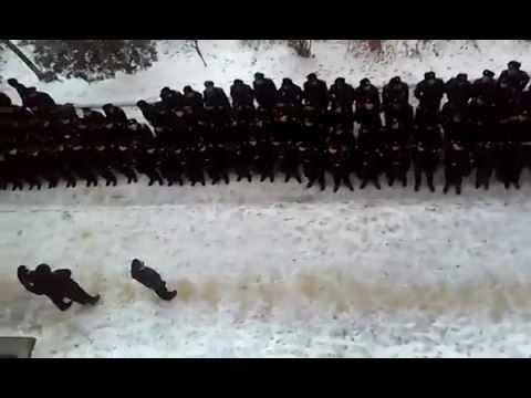 Херсонські курсанти присоромили командира-сепаратиста. ВІДЕО
