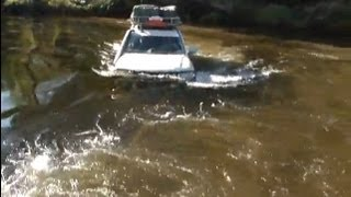 New Toyota Land Criuser 200 V8 in very deep water