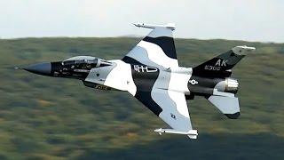 getlinkyoutube.com-F-16 BIG SCALE RC TURBINE JET MODEL FIGHTER DEMO FLIGHT / Jetpower Messe 2015