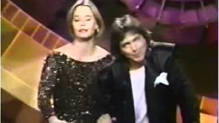 getlinkyoutube.com-David Cassidy and Susan Dey and MTV Awards 1990.avi