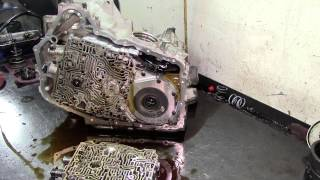 getlinkyoutube.com-4T65 E Transmission Teardown Inspection