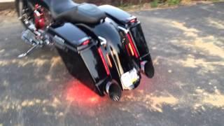 getlinkyoutube.com-Killer 2006 Harley Street Glide - Boom Cans - Baddad