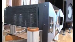getlinkyoutube.com-Mcintosh C1000 + MC2301