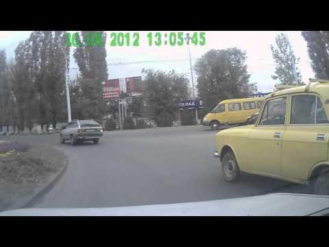 Москвич к573ст 61rus подрезал