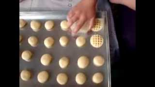 getlinkyoutube.com-Moroccan potato cookie حلوة البطاطا