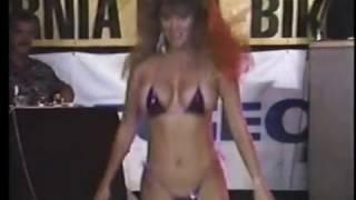 getlinkyoutube.com-Christie, 1990's Oscar's Bikini Contest
