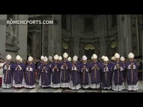 Benedict XVI thanks everyone during his last Mass at St  Peter's Basilica