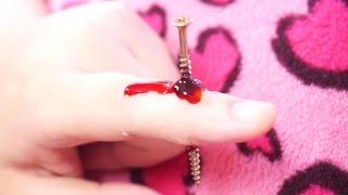 getlinkyoutube.com-特殊メイクをしてみた~釘が指に刺さって貫通 Nail stuck in finger~