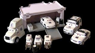 getlinkyoutube.com-Disney Cars Apple Mac ICar Set Truck Hauler, Pit Crew Chief, Tow Truck, McQueen   ディズニー ピクサー カーズ