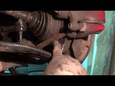 Geely MK - замена рычага в гаражных условиях.