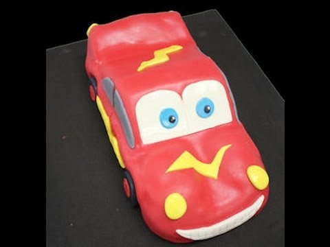 Cómo hacer una tarta de Rayo Mac queen de Cars con fondant en 3D
