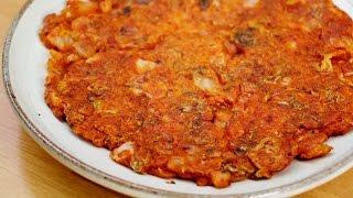 getlinkyoutube.com-백종원 김치전 만들기♥바삭바삭 아주 맛있어욤~ Kimchijeon, Kimchi Pancake Recipe